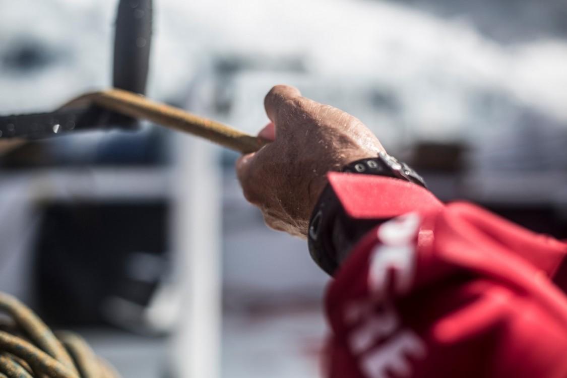 2014 - 15, Leg6, MAPFRE, OBR, VOR, Volvo Ocean Race, onboard, hands, close up, Rob Greenhalgh