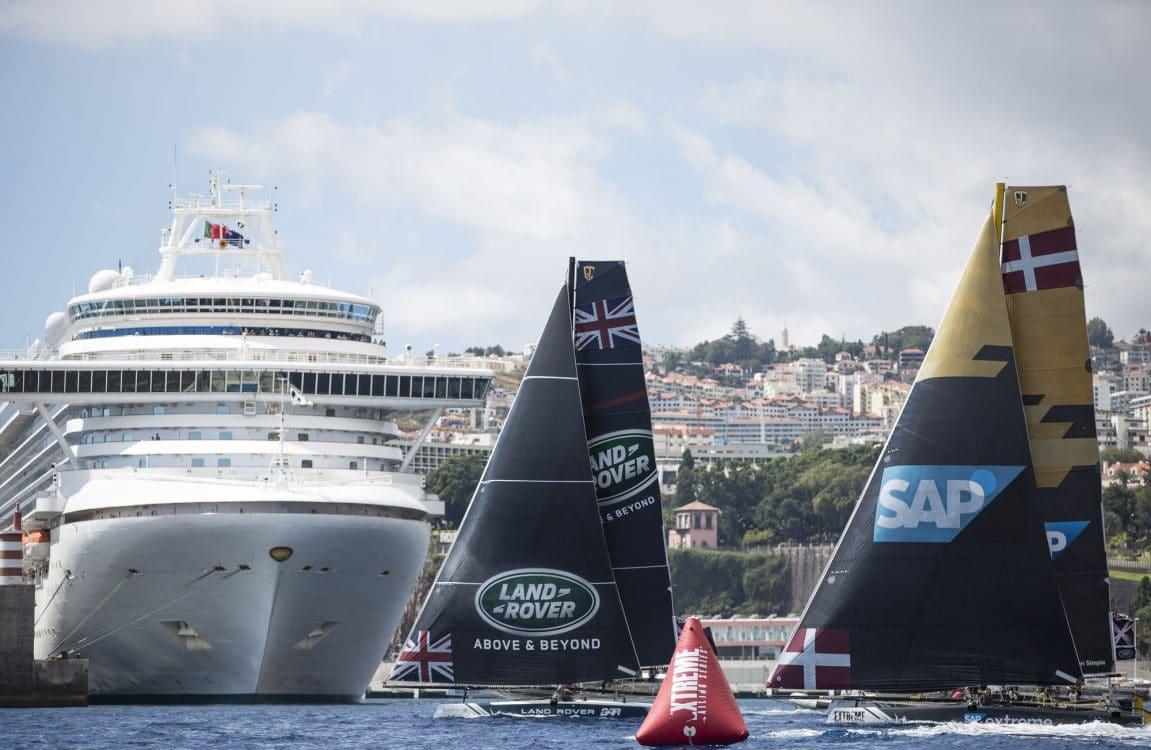 The Extreme Sailing Series 2016, Multihull, Foiling, Catamaran, GC32, Sailing, Racing, Day3