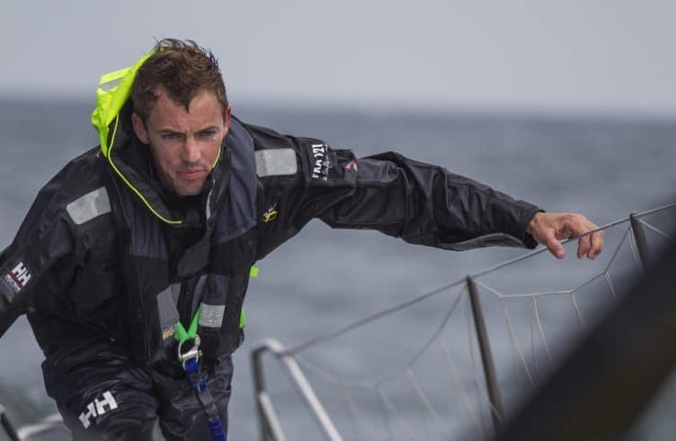 Flash info Vendée Globe : Thomas Ruyant tape un OFNI