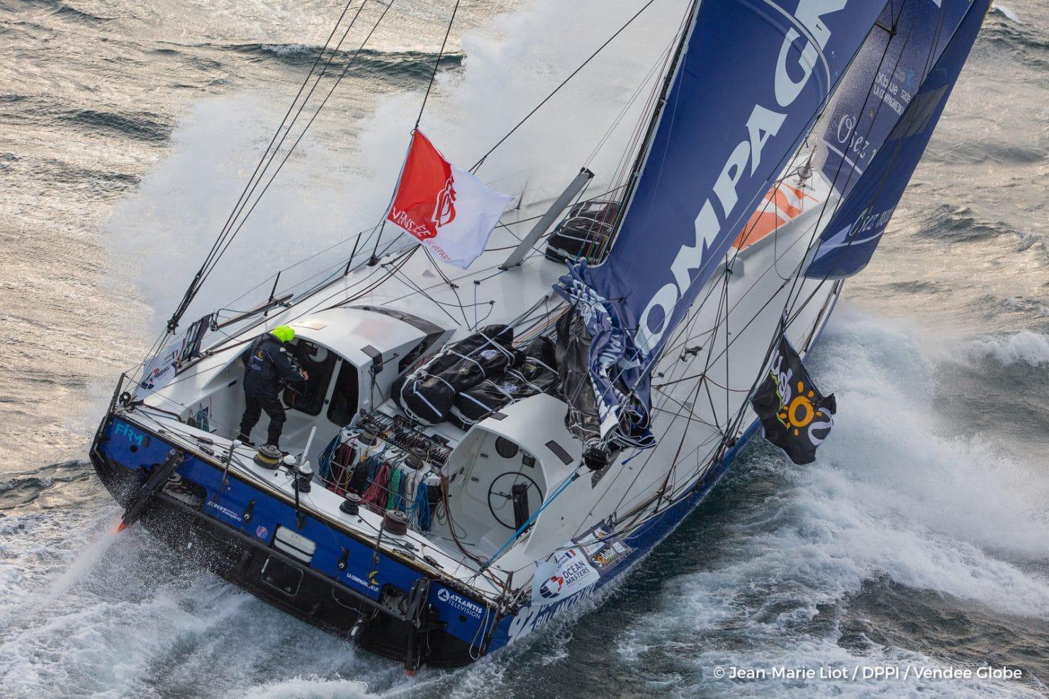 Vend e globe 2020 un nouveau m t pour l 39 imoca 92 surfez sur l 39 actualit voile - Compagnie du lit boulogne ...