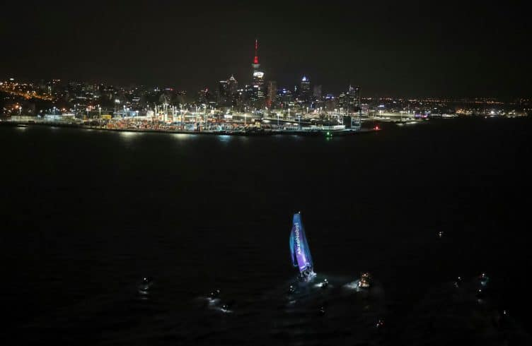 Aerial,Helicopter,Leg 6,New Zealand,Auckland,To Auckland,2017-18,AkzoNobel,Arrivals,port, host city, NZ,Kind of picture